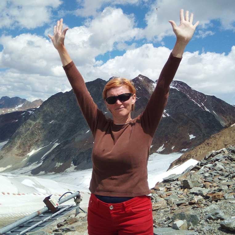 ilona tropa par mani uz virsotni grawand itālijas alpos otztal alps