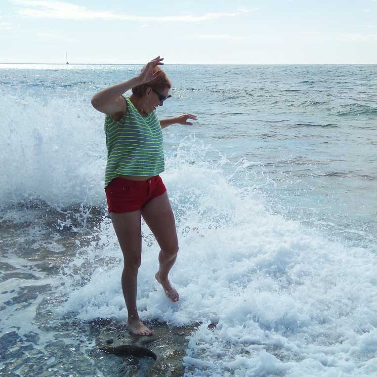 ilona tropa par mani vidusjūras krasts itālijā