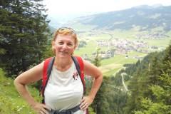 Ilona Tropa | Gar Urfall uz virsotni Neunerköpfle Austrijas Alpos